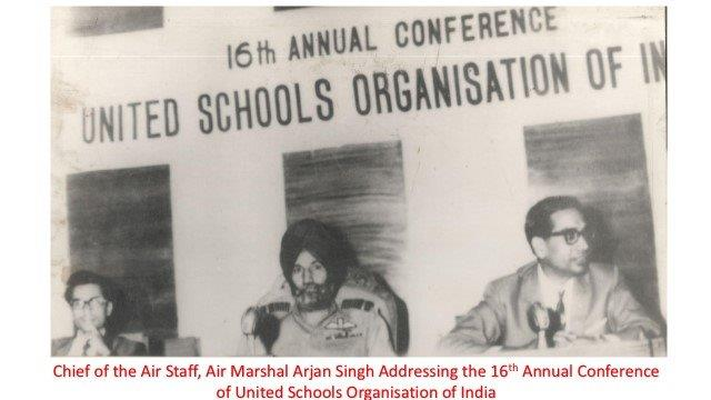 Pic with Arjan Singh 16th Anual conf